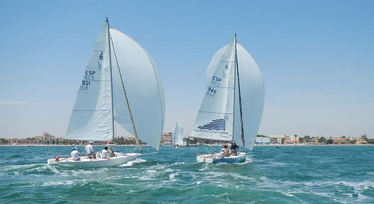 Campeonato-del-Mundo-de-la-clase-J80-en-Darmouth